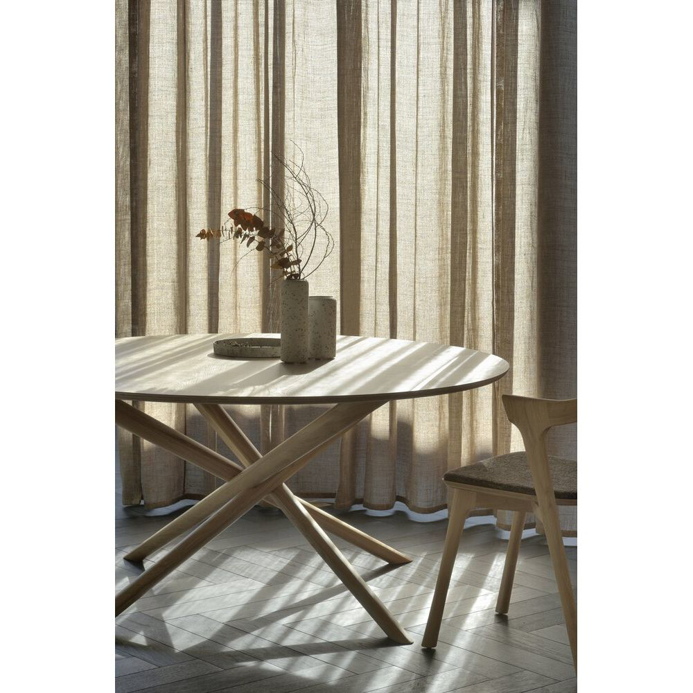 Picture of MIKADO ROUND DINING TABLE, OAK